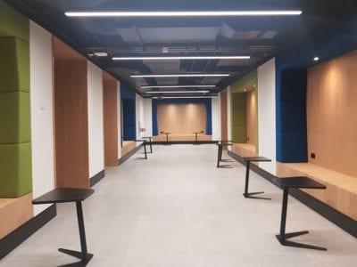 20171218 100521 RG82 Main Hallway
